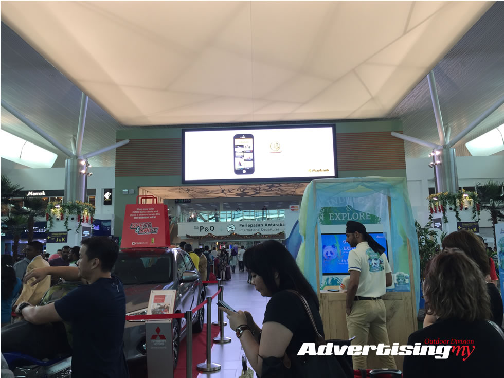 airport klia big LED